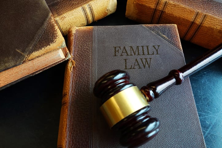 When Do You Need a Family Law Attorney?